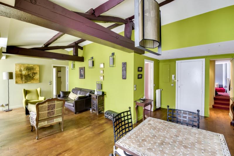 Vente de prestige appartement Paris 3ème 1270000€ - Photo 2