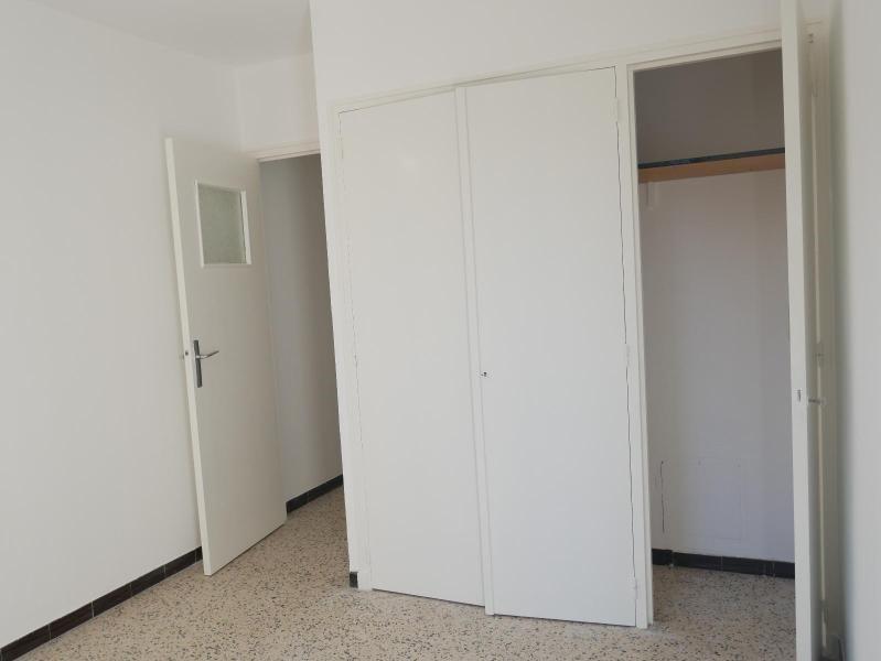 Location appartement Aix en provence 838€ CC - Photo 5