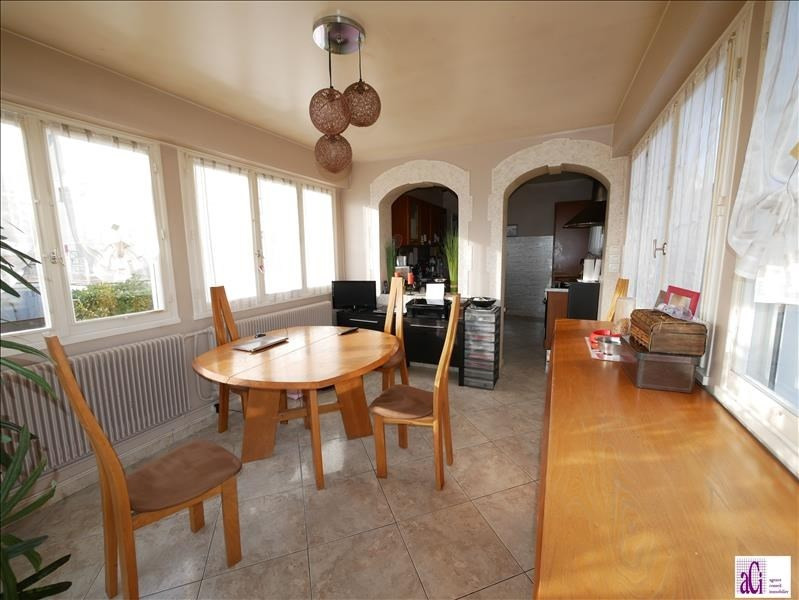 Sale house / villa L hay les roses 648000€ - Picture 3
