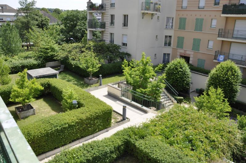 Vente appartement Saint-cyr-l'école 349500€ - Photo 1
