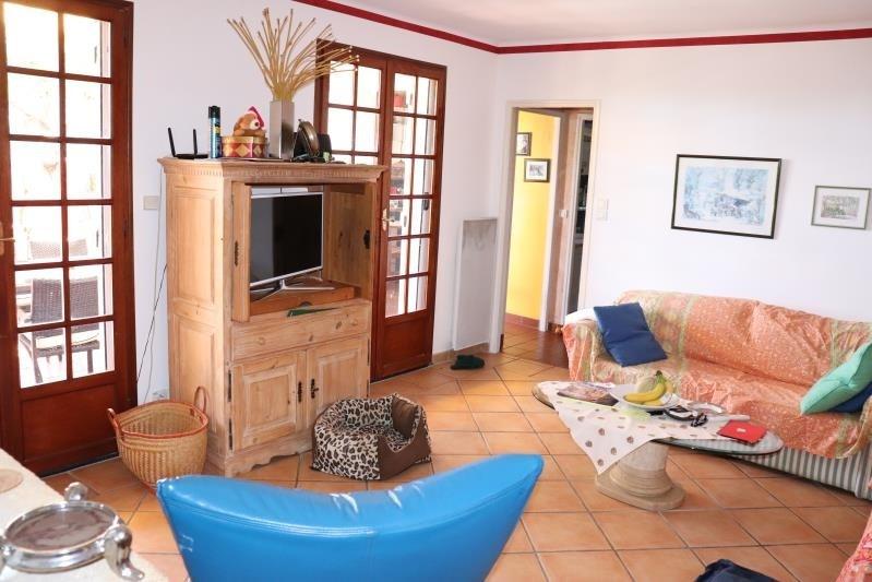 Deluxe sale house / villa Cavalaire sur mer 698000€ - Picture 3