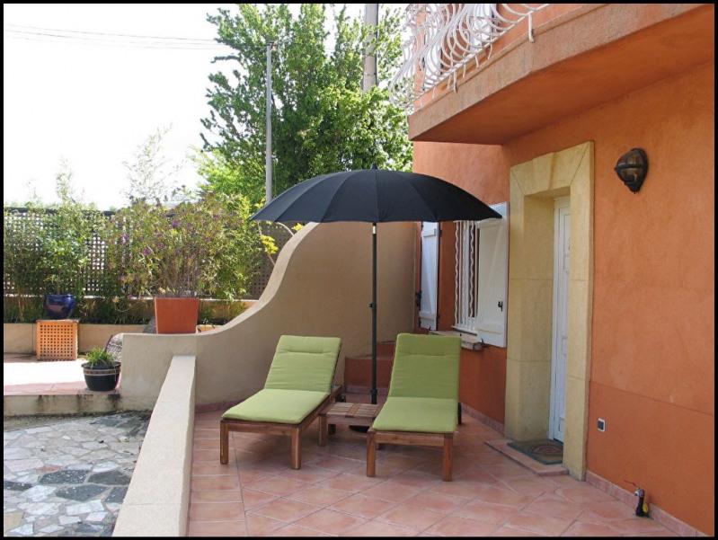 Rental apartment Aix en provence 840€ CC - Picture 1