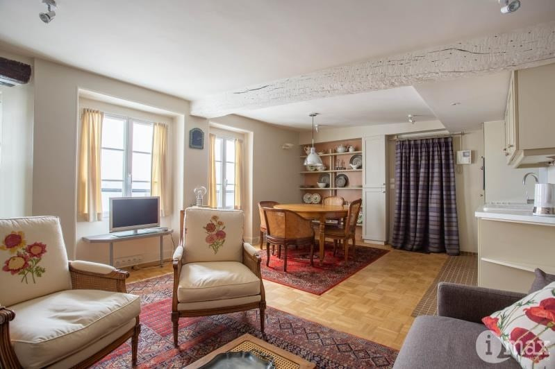 Sale apartment Paris 6ème 672000€ - Picture 1