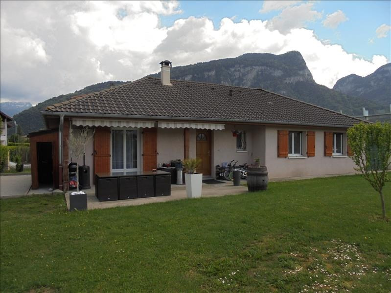 Sale house / villa Scionzier 285 000€ - Picture 1