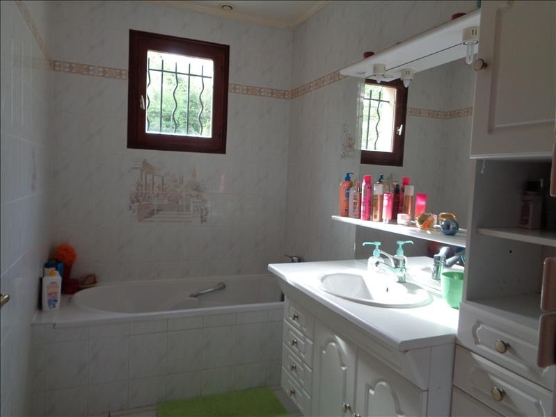 Sale house / villa Forges les bains 520000€ - Picture 5