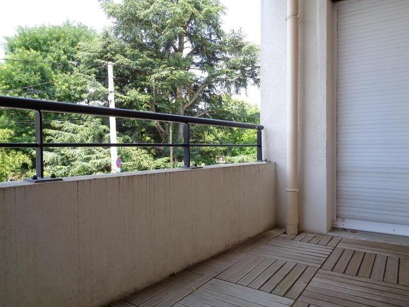 Location appartement Tassin la demi lune 900€cc - Photo 2