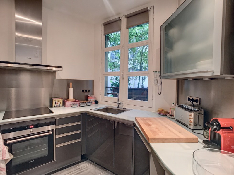 Deluxe sale apartment Paris 1er 1300000€ - Picture 6