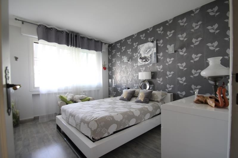 Revenda casa Bassens 349000€ - Fotografia 3