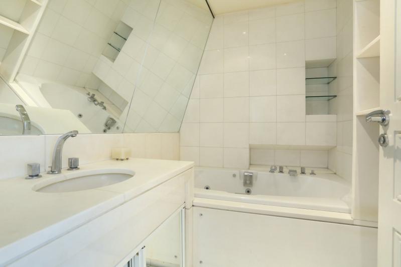Deluxe sale apartment Paris 8ème 1390000€ - Picture 8