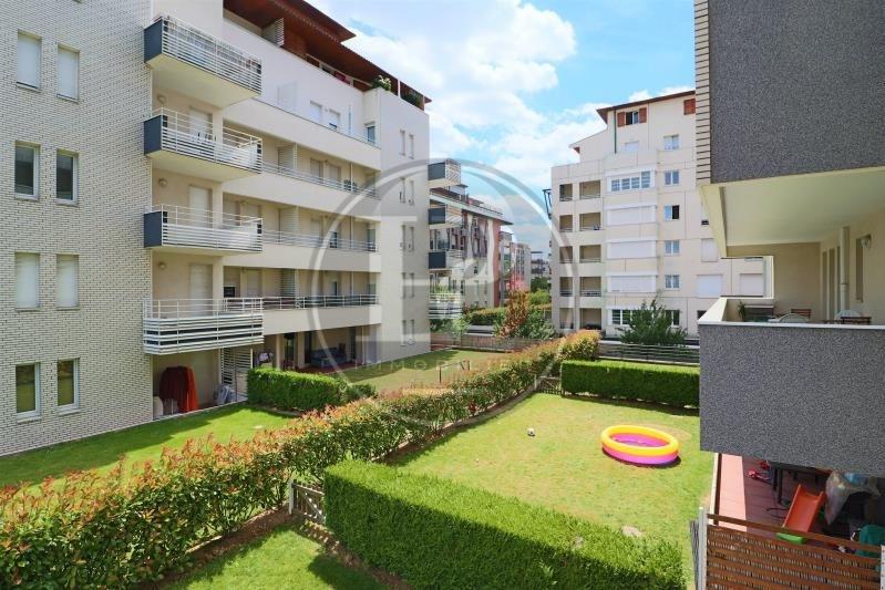 Rental apartment St germain en laye 930€ CC - Picture 1