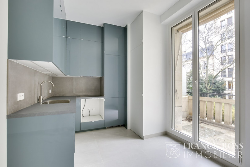 Location appartement Paris 8ème 7 350€ CC - Photo 11