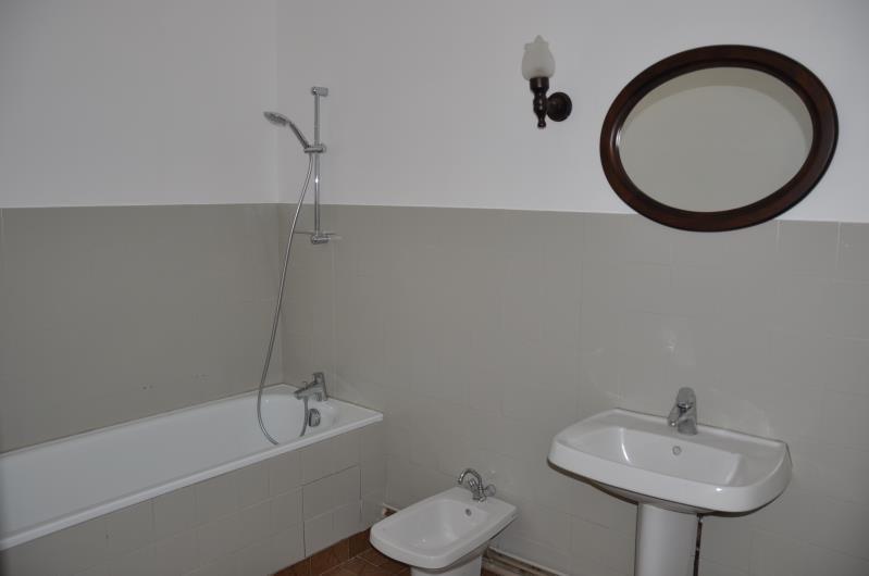 Rental apartment Gleize 700€ +CH - Picture 9