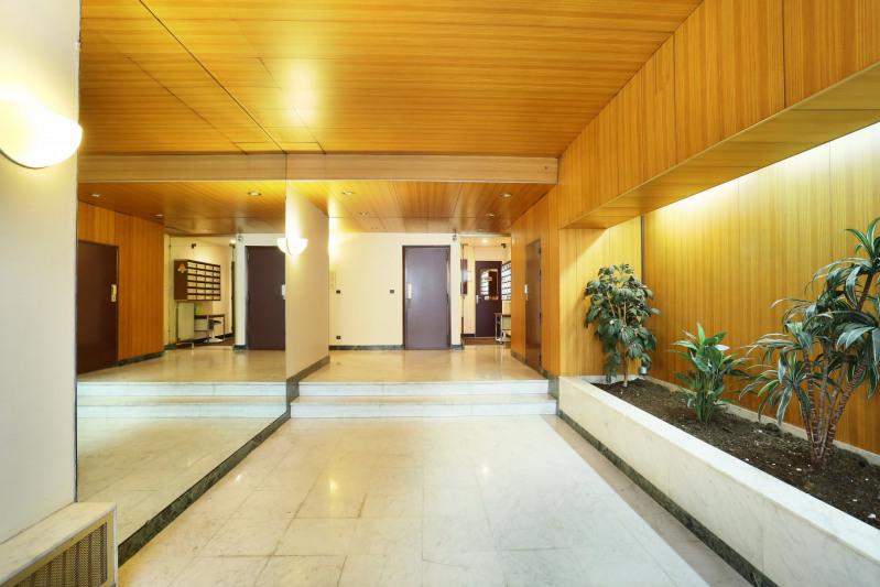 Vente de prestige appartement Paris 16ème 1700000€ - Photo 10