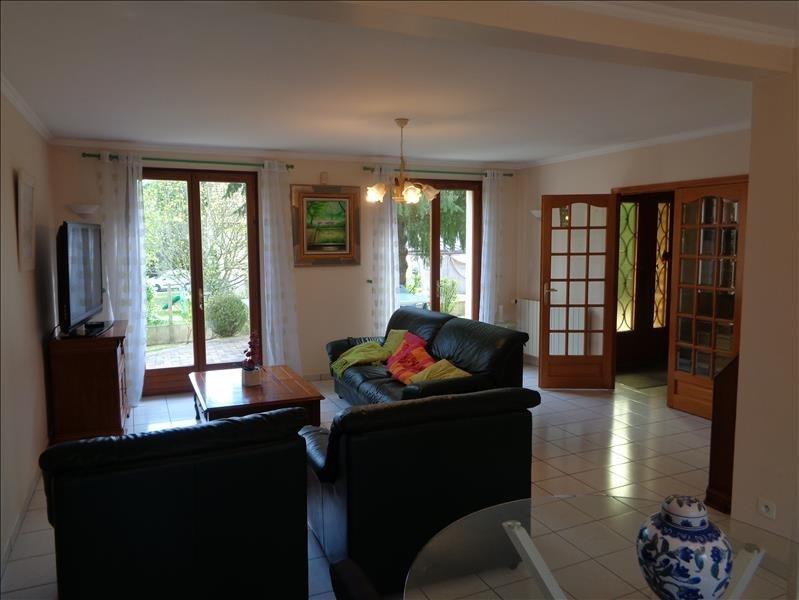 Sale house / villa Forges les bains 520000€ - Picture 2