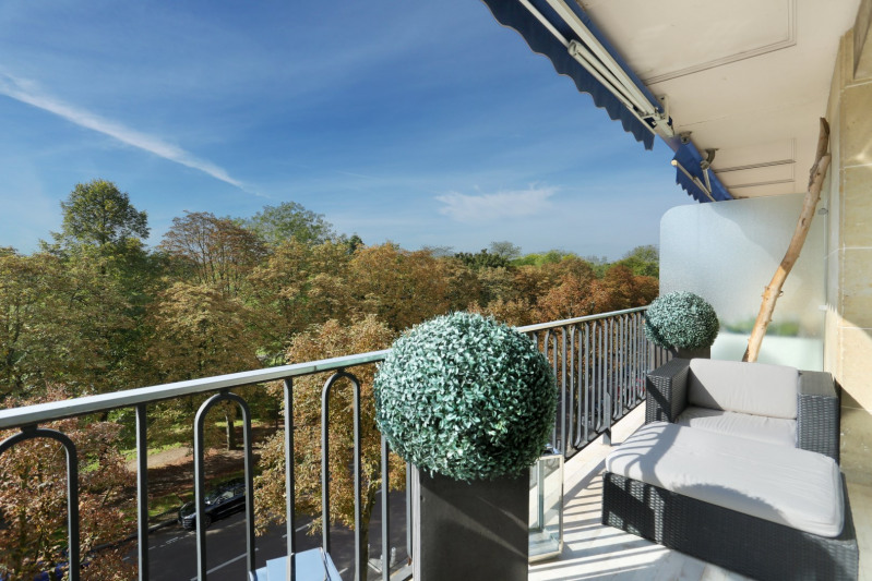 Deluxe sale apartment Neuilly-sur-seine 2450000€ - Picture 1