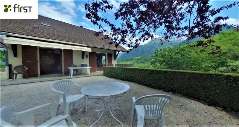 Deluxe sale house / villa Alex 580000€ - Picture 1