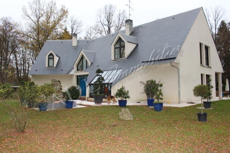 Deluxe sale house / villa Lamorlaye 1560000€ - Picture 1