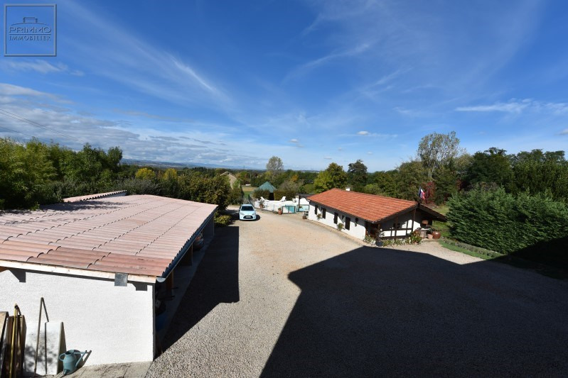 Deluxe sale house / villa Chasselay 730000€ - Picture 11