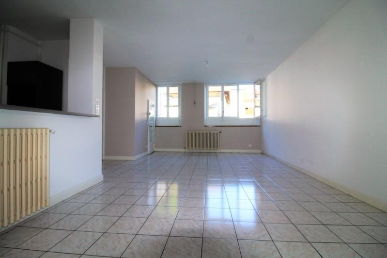 Rental apartment Voiron 639€ CC - Picture 1