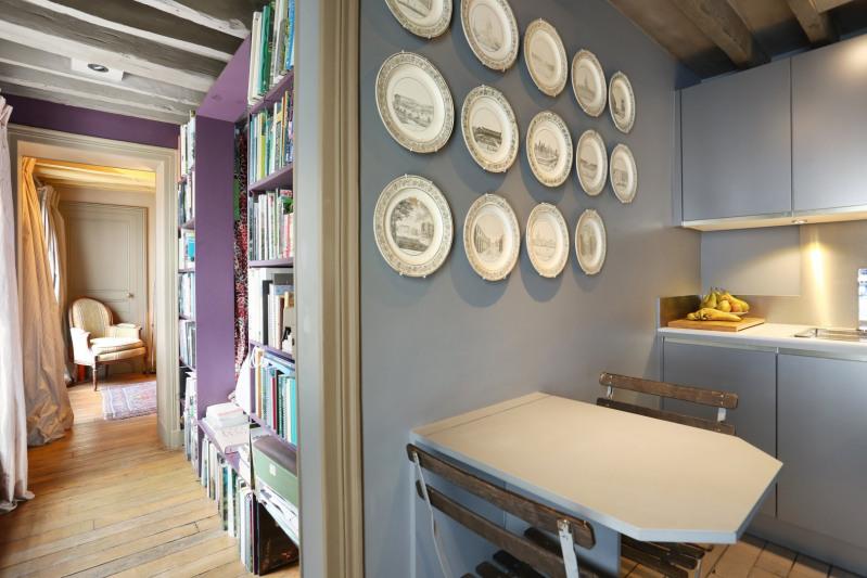 Deluxe sale apartment Paris 7ème 630000€ - Picture 2