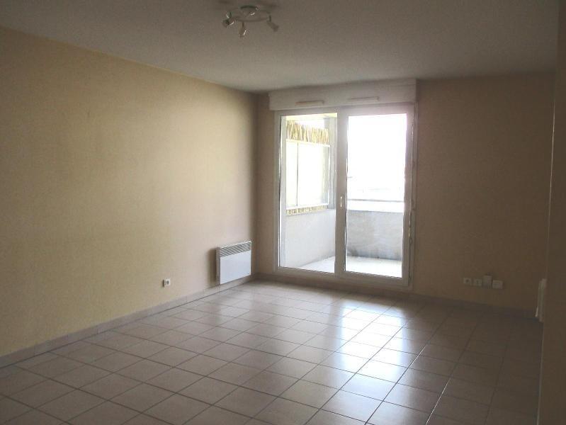 Location appartement Grenoble 795€ CC - Photo 3
