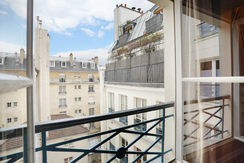 Deluxe sale apartment Paris 7ème 630000€ - Picture 7