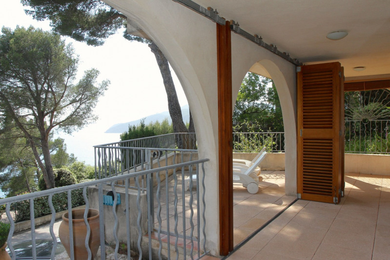 Vacation rental house / villa Cavalaire sur mer 1 500€ - Picture 44