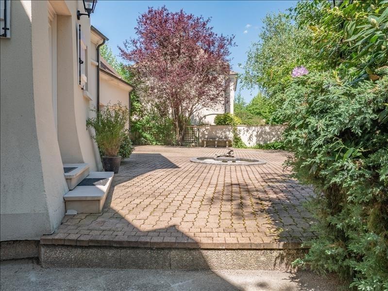 Deluxe sale house / villa Feucherolles 990000€ - Picture 2
