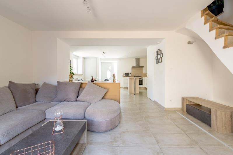 Sale apartment Pirey 219500€ - Picture 2