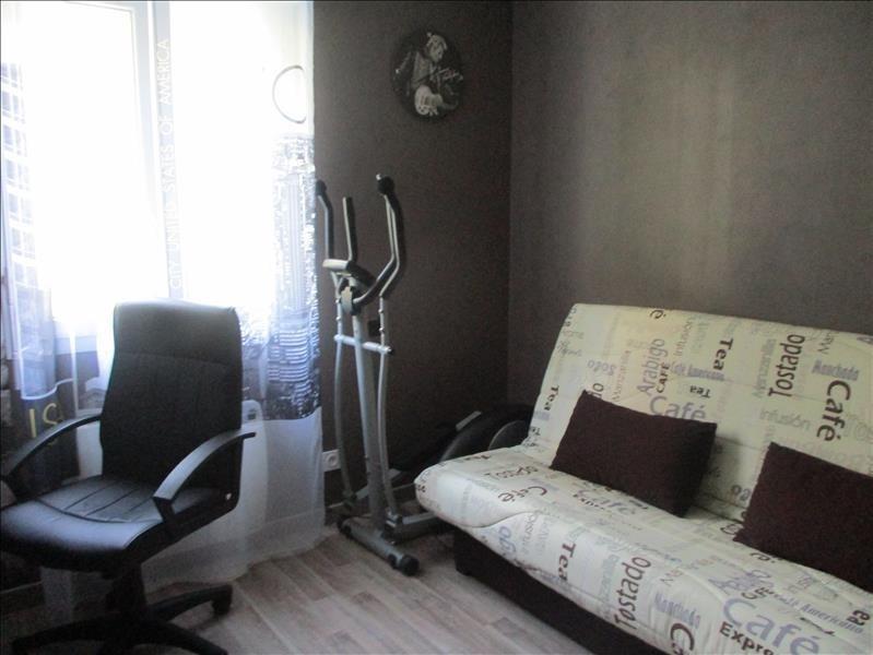 Sale house / villa Thoirette 220000€ - Picture 4