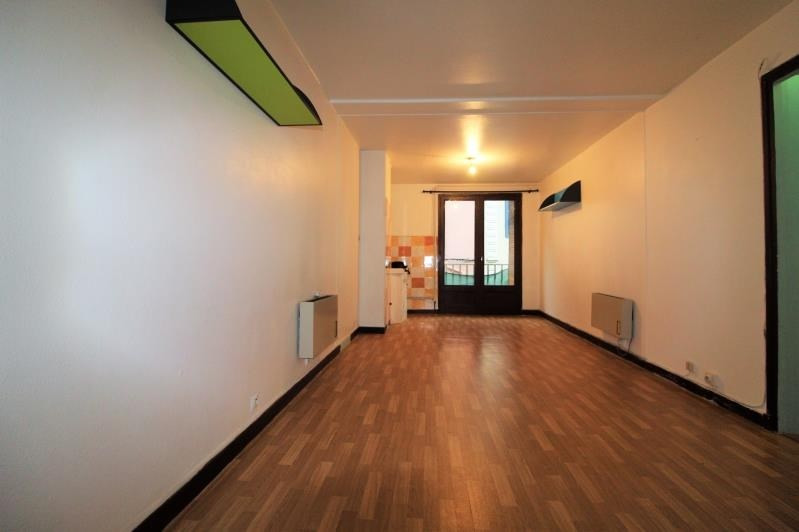 Rental apartment Voiron 409€ CC - Picture 1