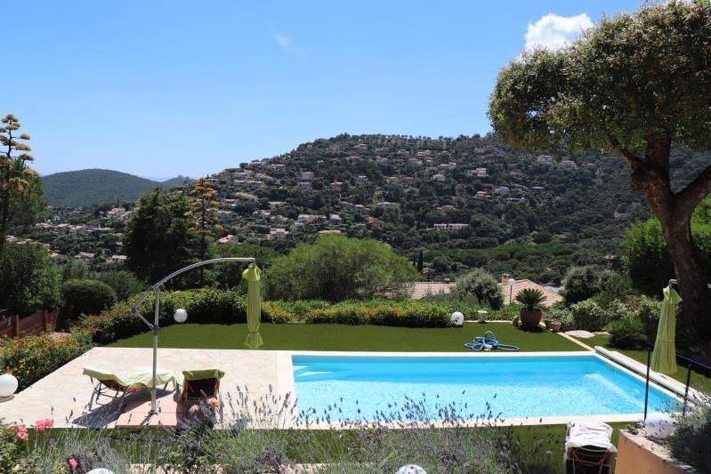 Deluxe sale house / villa Cavalaire sur mer 698000€ - Picture 2