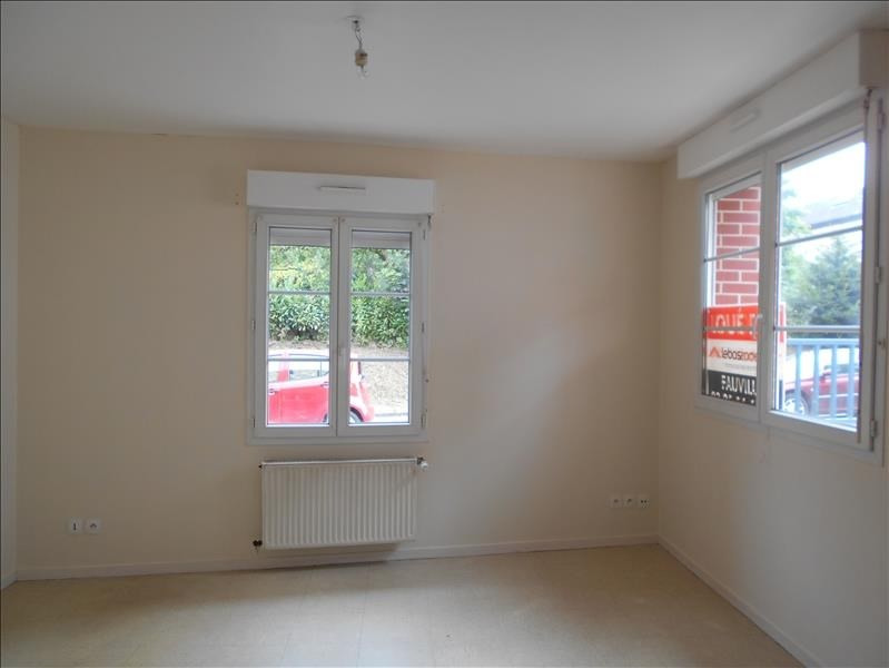 Location appartement Fauville en caux 452€ CC - Photo 1