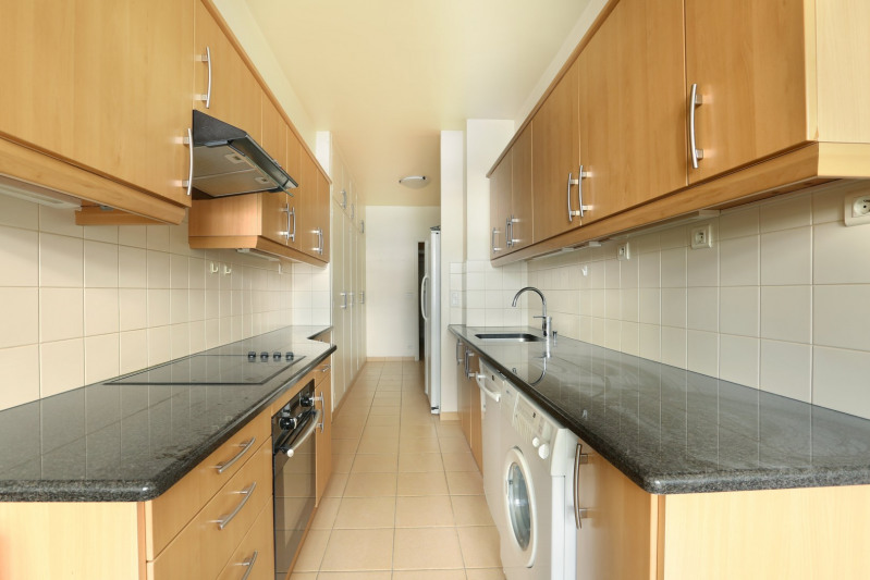 Deluxe sale apartment Neuilly-sur-seine 1350000€ - Picture 7