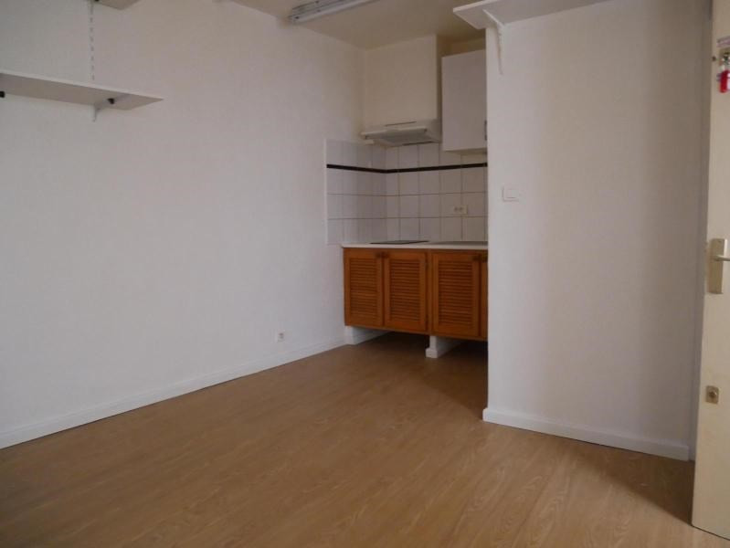 Location appartement Aix en provence 487€ CC - Photo 2