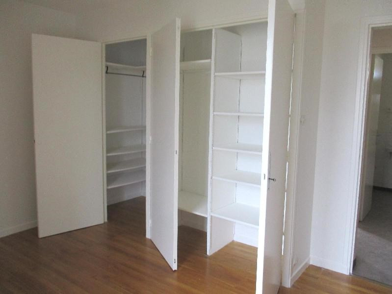 Location appartement Fontaine 624€ CC - Photo 9