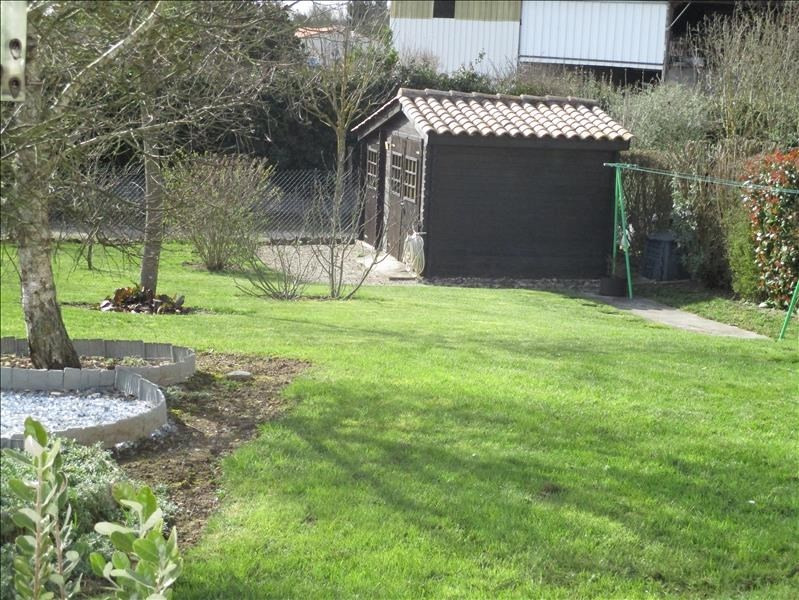Sale house / villa St jean d angely 184000€ - Picture 9
