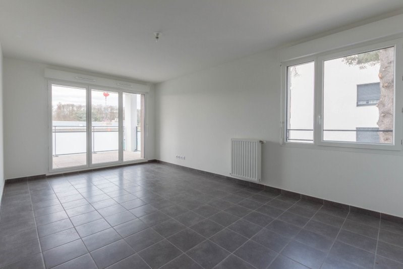Location appartement Meyzieu 730€ CC - Photo 3