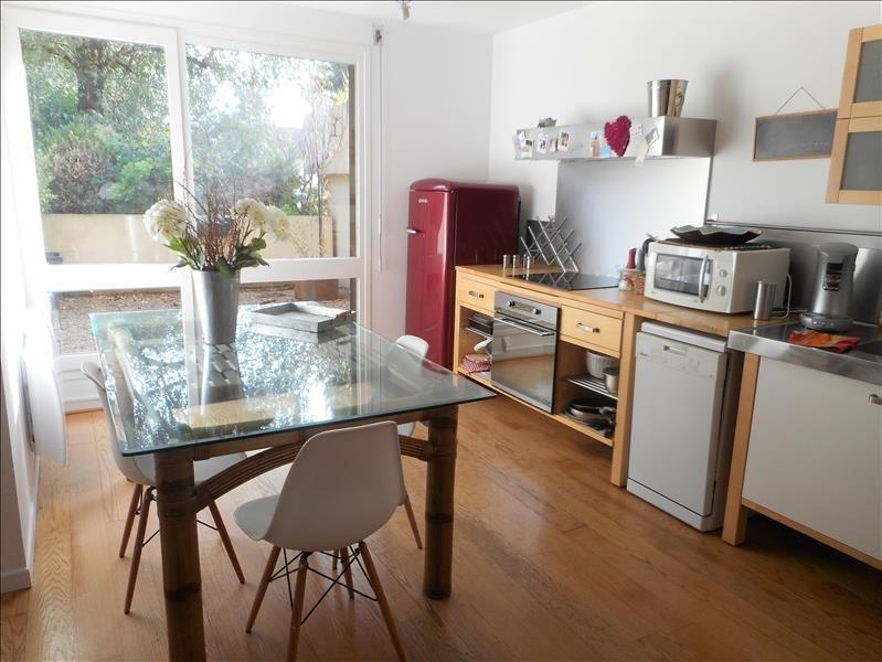 Sale apartment Voiron 260000€ - Picture 2