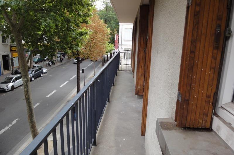 Rental apartment Paris 20ème 1213€ CC - Picture 5