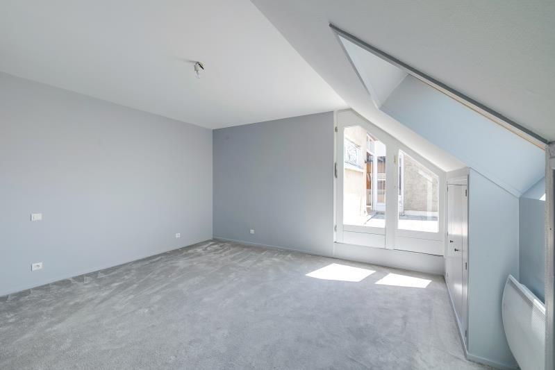 Revenda apartamento Voiron 330000€ - Fotografia 9