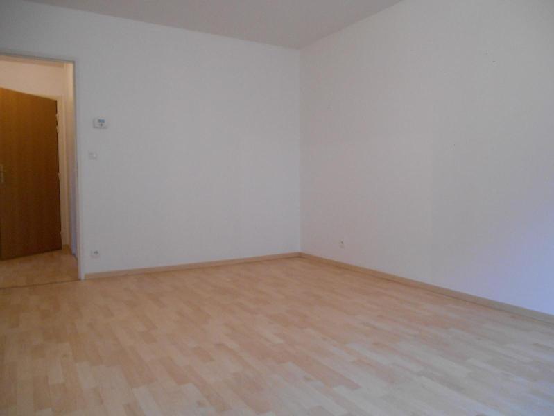 Location appartement Dijon 579€ CC - Photo 2