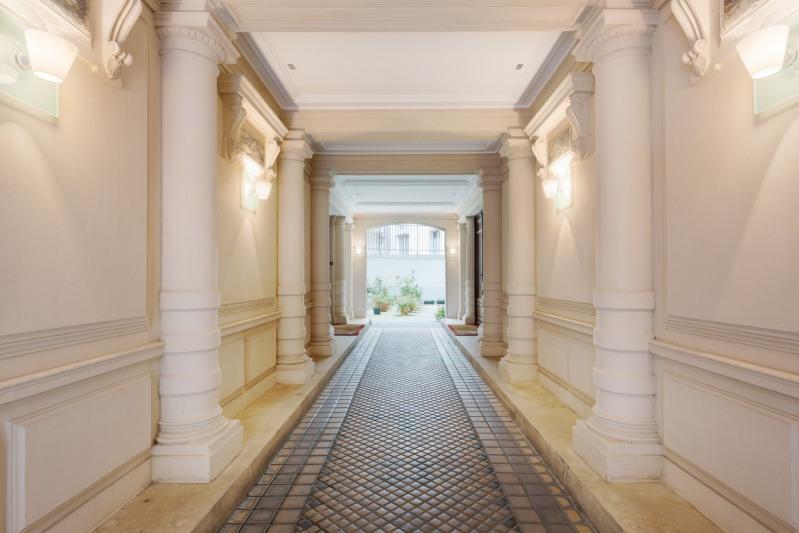 Deluxe sale apartment Paris 16ème 3150000€ - Picture 13
