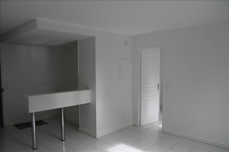 Rental apartment Bois le roi 850€ CC - Picture 3