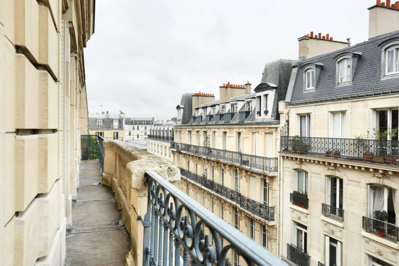 Deluxe sale apartment Neuilly-sur-seine 1550000€ - Picture 10