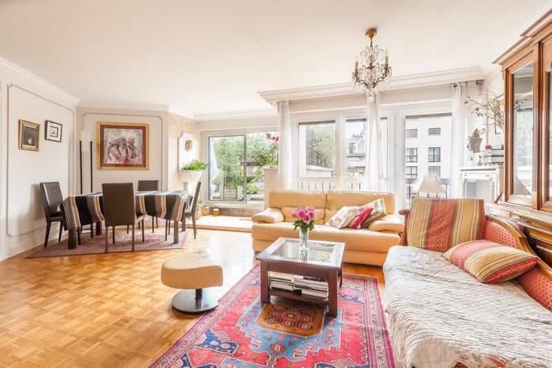 Deluxe sale apartment Paris 18ème 1100000€ - Picture 3