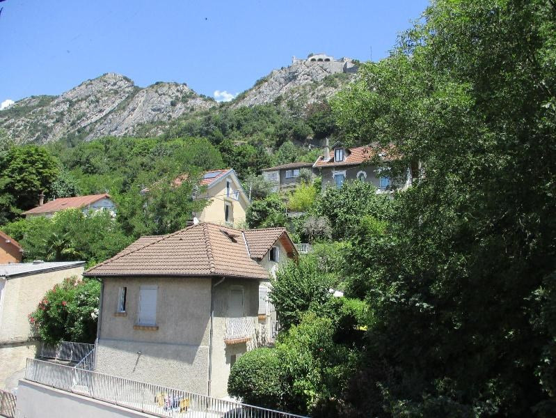 Location appartement Grenoble 430€ CC - Photo 9