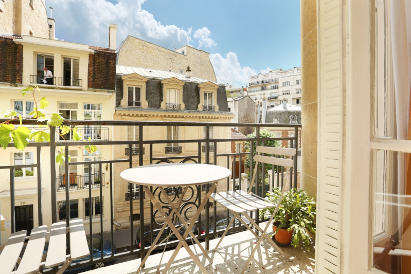 Paris 16th District – A charming, bright and peaceful apartment.