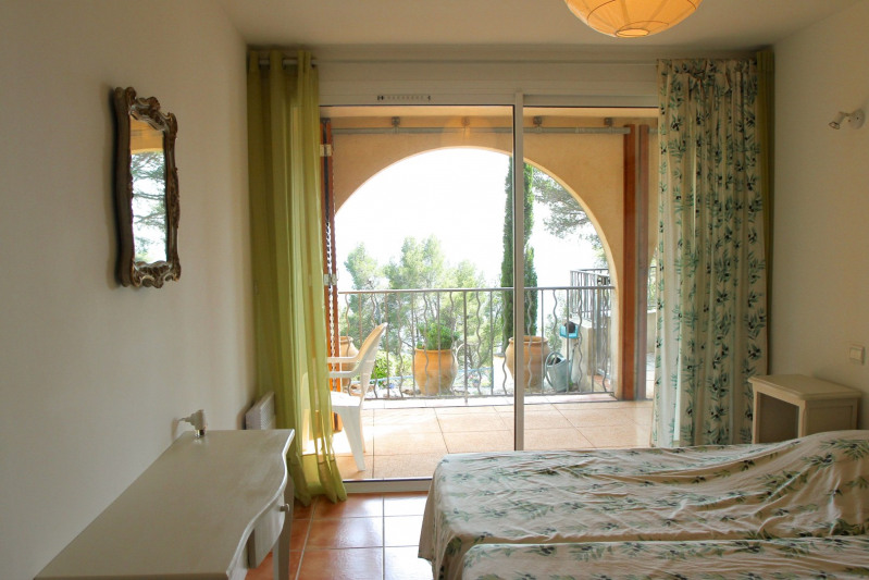 Vacation rental house / villa Cavalaire sur mer 1 500€ - Picture 30