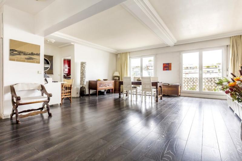 Deluxe sale apartment Paris 18ème 1732000€ - Picture 2
